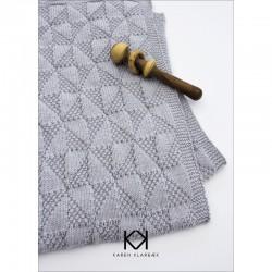 Opskrift på strikket babytæppe - Farvetryk i postkortstørrelse