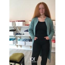 Opskrift på Karens Cardigan - strik i uld - Farvetryk i postkortstørrelse