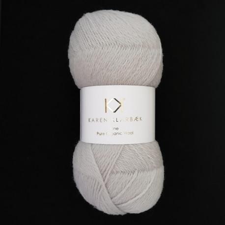 Light Cool Grey - KK Fine Pure Organic Wool - økologisk uldgarn fra Karen Klarbæk