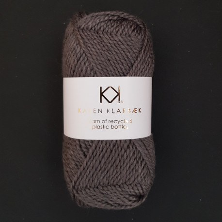 Charcoal - Recycled Bottle Yarn