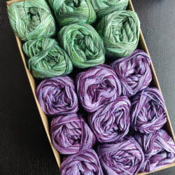 Grøn-Lilla mixfarver - 15 nøgler bomuldsgarn, opskrift på båltæppe