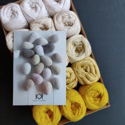 Æggefarver - 15 nøgler bomuldsgarn, opskrift på hæklede Påskeæg