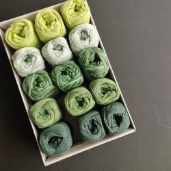 Grønne farver V - 15 nøgler bomuldsgarn, opskrift på båltæppe