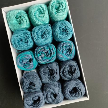 Turkise farver I - 15 nøgler bomuldsgarn, opskrift på båltæppe