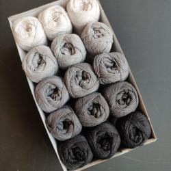 Hvid til sort I - 15 nøgler bomuldsgarn, opskrift på båltæppe
