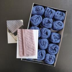 8/8: 15 nøgler bomuld til tæppe (2. sortering) + opskrift på Strikket Domino babytæppe og Strikket klud i falsk patent