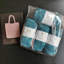 4 nøgler Recycled Bottle Yarn - Jeans Blue + opskrift på strikket net i Recycled Bottle Yarn