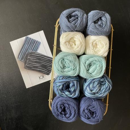 8/4: Blå-Blåmix-Hvid (2. sortering + restgarn) 10 nøgler + Opskrift på strikket klud i to farver