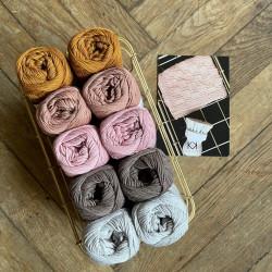 8/4: Light Sand, Dark Sand, Old Rose, Tobacco(2. sortering + restgarn) 10 nøgler + opskrift på strikkede Franske perler