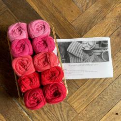 8/4: Rød-pink - 10 nøgler bomuldsgarn + opskrift på vamset patentstrikket klud (som print)