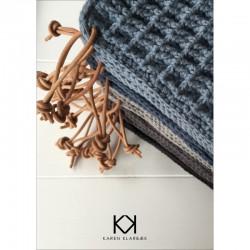Opskrift på hæklede vaffelgrydelapper med læderstrop - Farvetryk i postkortstørrelse