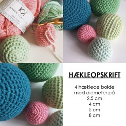 Fire hækleopskrifter på bolde i fire størrelser. 2,5 cm - 4 cm - 5 cm - 8 cm.